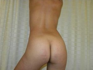 Lauranna egyptian hookup Wilmington, NC